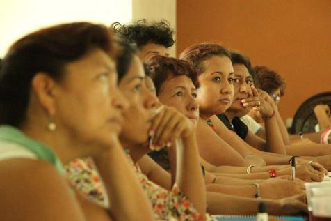 Participantes del taller en Santiago Pinotepa Nacional, Oaxaca.